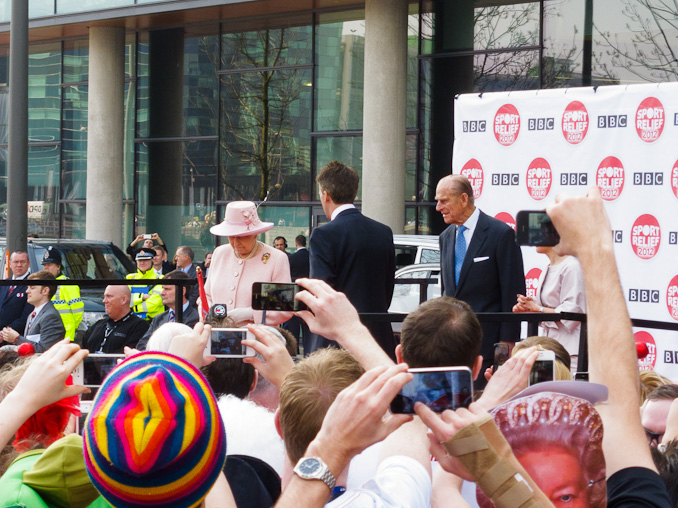The Queen starts the 2012 Sport Relief Mile
